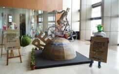Inorbit Mall : Turning trash to art