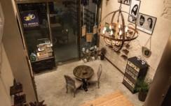 30th Feb: An Eye Appealing Store