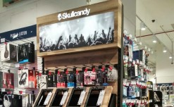 Skullcandy installs FSUs with backlit signages
