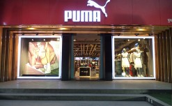 Puma uses a mix of fabric and vinyl graphics for Muse Echo campaign