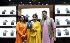 PNG Jewellers launches its first franchise store in Aundh