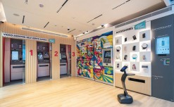 Singtel's first 24-hour pop-up store features a live bot