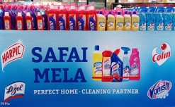 Reckitt Benckiser's clean up carnival at MT outlets