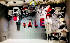 Home Centre's head-turning sale window