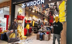 Wrogn's AW19 window showcases art in a new flavor