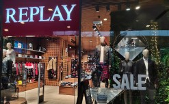 Replay's glittering Sale window  connotes simplicity and grace