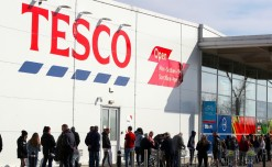 Tesco to create 16,000 new jobs to support online business