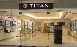 Titan collaborates with SBI to unveil contactless payment watches