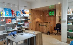 Seniority opens its first franchise store in Pune