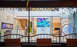 OnePlus unwraps minimalism through its futuristic windows