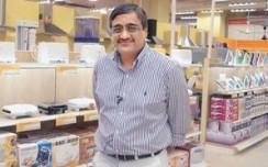 Biyani ties up with Tata-Tesco chain to supply Future brands