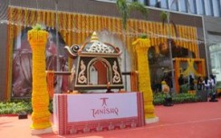 Tanishq relaunches its largest showroom in Kolkata at Camac Street
