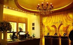 Sunar launches its first plush jewellery store in Delhi