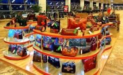 Holii pops-up in Delhi international airport