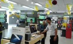 Reliance Digital Xpress stores launched in Mumbai