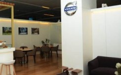 Volvo Cars builds experiential lounge at T3