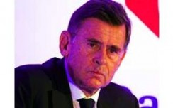 Carrefour chief coming, multi-brand deal likely