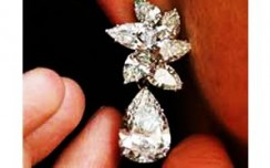 Tanishq plans jewellery exports to Gulf