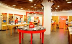 Vodafone unveils 5 Global Design Stores on a single day in Kolkata