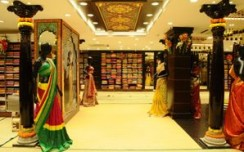 Kancheepuram Varamahalakshmi Silks unveils its 8th store in Bangalore