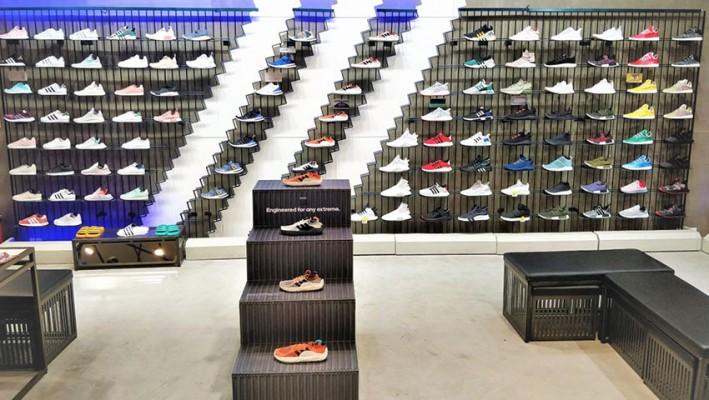Cerdito Disminución En particular  Adidas Originals – Showcasing tough merchandise for rough weather