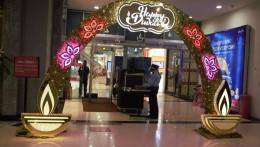 Viviana Mall sparks the mood of celebration through festive decor