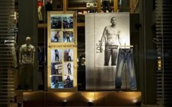 Levi's : Reduce, Re-Use & Re-Invent