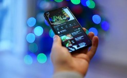 Study shows retailers catering to mobile shopping trends