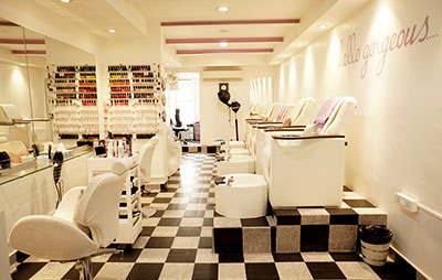 Gorgeous Beauty Bar